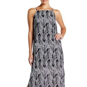 Vince Camuto Graphic Print Maxi Dress